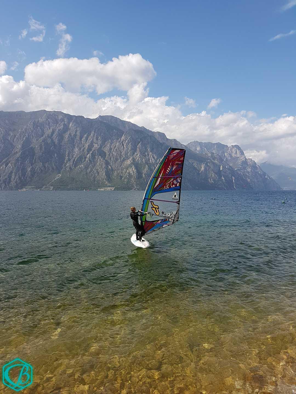Gardasee Surfcamp Urlaub Surfen Windsurfen SUP Good Vibes