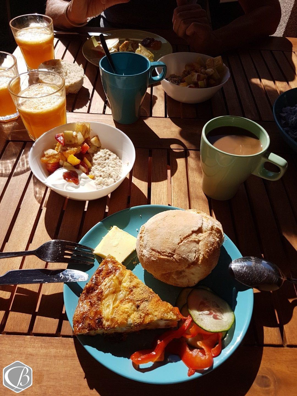 Moledo Portugal Fitnessreise Bio-Frühstück Kaffe Guten Morgen