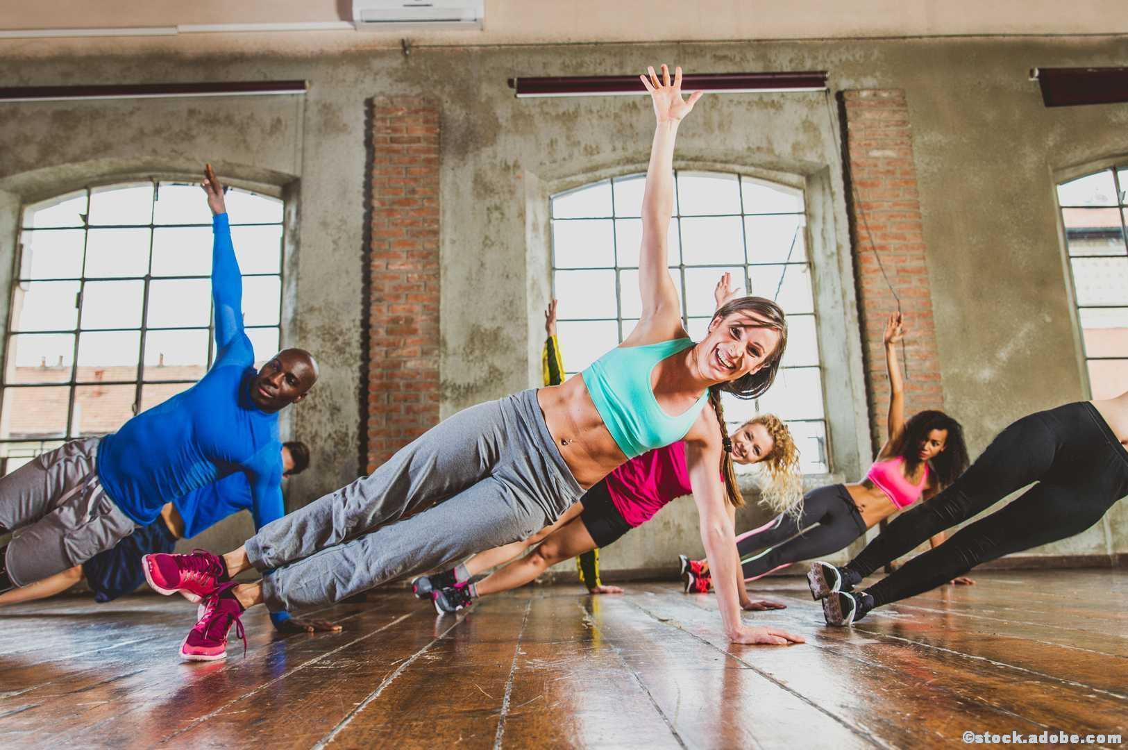 Groupfitness Gym Gruppe Fitness Workout