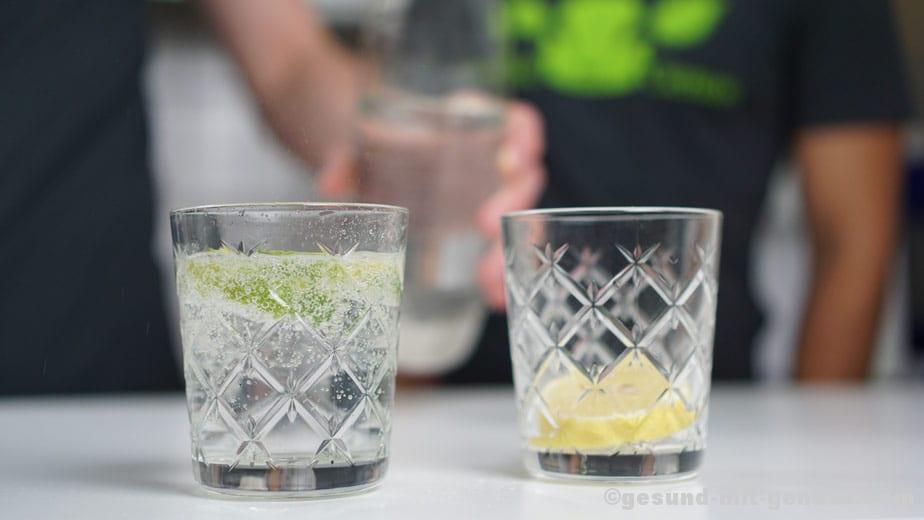 Sprudelwasser in Glas